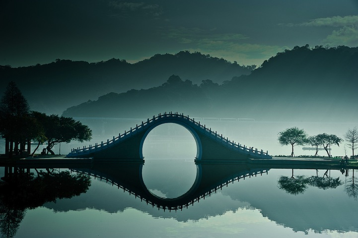 MoonBridge1